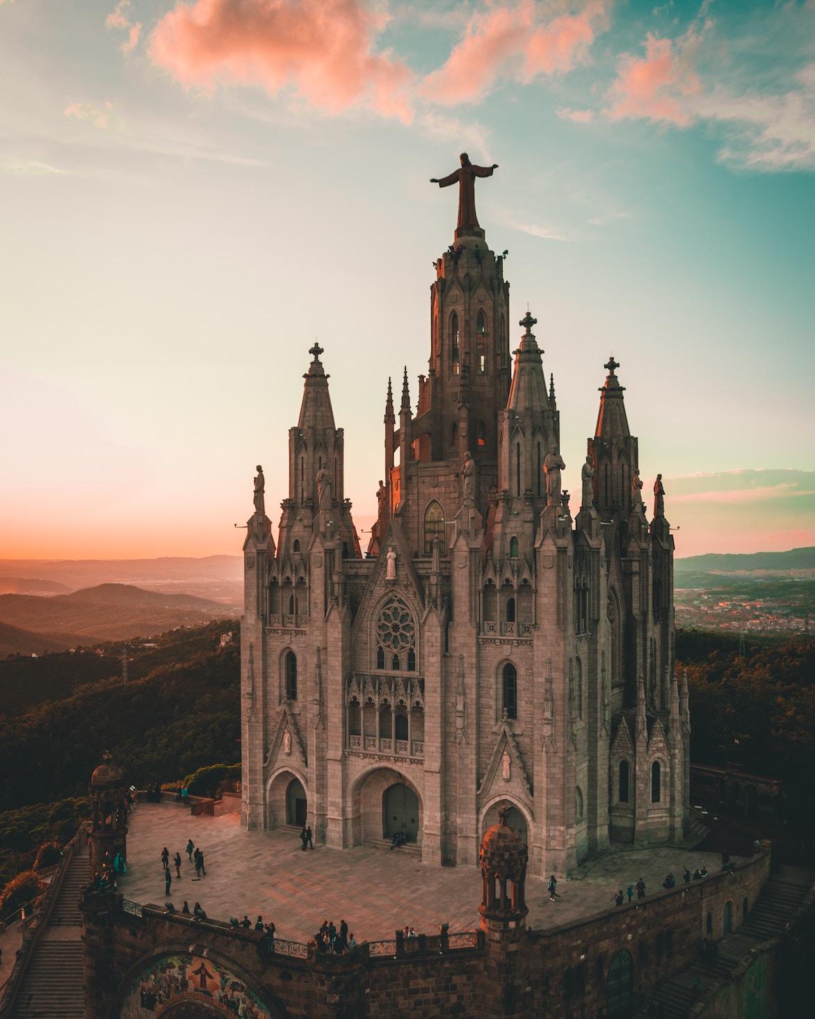 kyrkoarkitekt